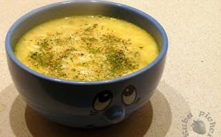 Zimowa zupa z kiszonych ogórków