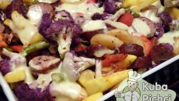 Fioletowy kalafior zapiekany z warzywami