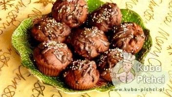Muffiny z miodem i orzechami