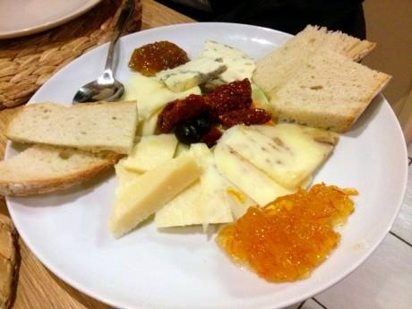 Półmisek włoskich serów Misto formaggi