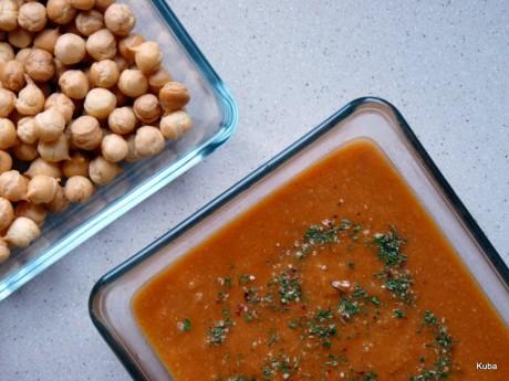 Zupa z ciecierzycą i pomidorami 1